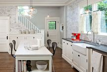 Kitchens / by Anna Taylor