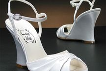 Wedding shoes / by Janelle Nelie