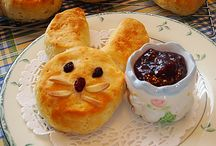 Easter Treats / by Chrissy Jones- Beyond the Park