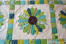 Dresden Plate Quilt / by Kandy Dunfee
