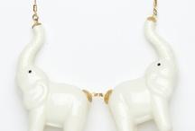 accesories / by Alexia Montero de Espinoza