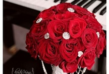 Indian Wedding Flowers / Indian wedding flowers - centerpieces, bouquets and more / by Indian Wedding Site