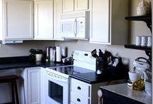 HOME - Kitchen / by Sara Schafer