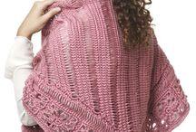 Knitting / by Lisa Garrett