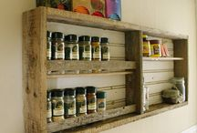 Pallet Projects / by Paula Ollis