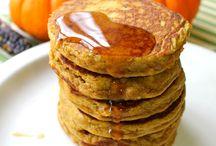 Food: healthy breakfast / by Christy Meyer