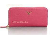 Stylish Wallets / by Gifthandbag .biz
