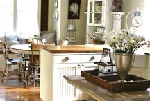 Kitchens  / by Karen Lambert