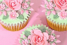 Cupcakes / by Colleen Higgins-Czarnik