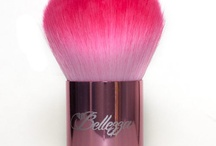 tre Bellezza Cosmetics Pin It to Win It / by L G