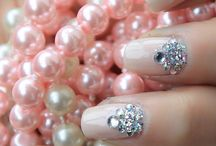 Nails!!!!!*** / by Cata
