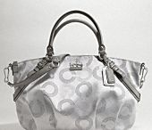 Purses / by Wendy Winemiller Odle