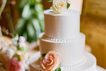 Cake / by Megan Morfe