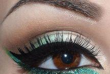 am i a makeup kinda girl? / by Amy Riordan
