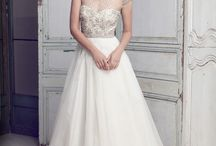 Wedding dresses / by Daniela Vásquez