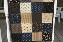 Quilt Ideas for Shes Your Mom / by Jeanne Ritz