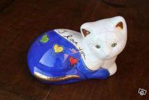 Chats en porcelaine et céramique / by Chelmi