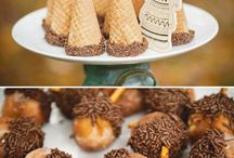 Thanksgiving / Thanksgiving: Holiday event ideas, food, drinks, treats and other inspiration / by Sendo