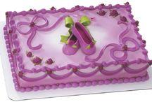 Cakes and Treats / by Dianah Edington