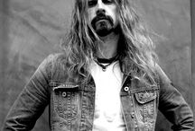 My love for Rob Zombie. / by Brooke Bailey