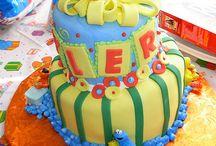 15 - Cakes: Kids / by Paula Rodrigues