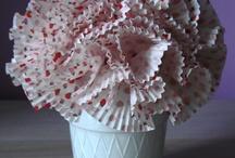 Cupcake Liner Ideas / by Renee Templeton