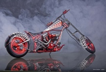 motorcycles / by Raemia Robinson