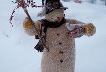 christmas santas & snowmen / by Shelly Krueger