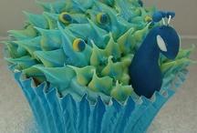 cake decorating / by Miriam Whipple