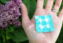 A TINY/LITTLE QUILT IN MY HAND / SO TINY WITH HANDS FOR MEASURE. / by Dorte Rasmussen.Denmark