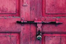 Doors and Hardware / by Luci C.
