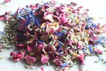 Mand-mixed natural petal confetti on Etsy / Dried flower petal confetti by DaisyShopUK on Etsy. Natural biodegradable confetti petals for your wedding. / by Ruth at DaisyShop.co.uk