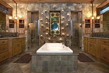 Bangin' Bathrooms / by Caryn Meyer