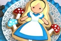 FoR tHe loVe oF aLiCe ! / Alice In Wonderland Parties and Decorations / by Vicki Arnold