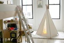neutral kiddo spaces / by Christina Loucks