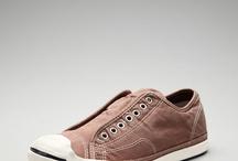 Shoe Style / by Tarik Assagai