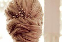 Wedding Hair / by Kara Ciresi