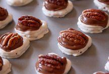 Cookies & Crackers  / by Foodie Arlene