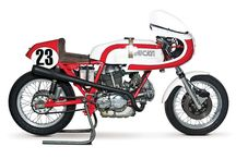 Ducati / by Warren Quirk