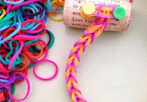 Arts & Crafts : Rainbow Loom / by Bea Witched