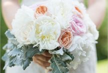 Wedding Flower Love / Beautiful wedding floral inspiration / by Christen Barber