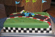 Cakes / by Liza Sorensen