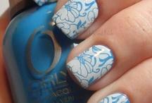 pretty nails / by Ingrid Rey