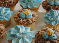 Cupcakes / by Angie Shinkle