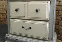 Furniture Finishes / by Patty Soriano