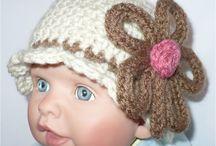 Knitting Kids 6 / by Bertha Espino