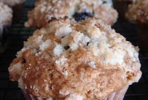 Food-muffins / by Danni Miller