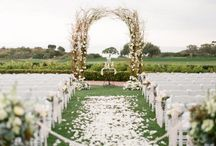 Wedding and engagement ideas / by Chelsea Parnell