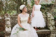 Wedding Dresses / by Elina Casares
