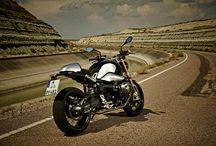 BIKES / Motorbikes  / by Carlos Umana Gambassi